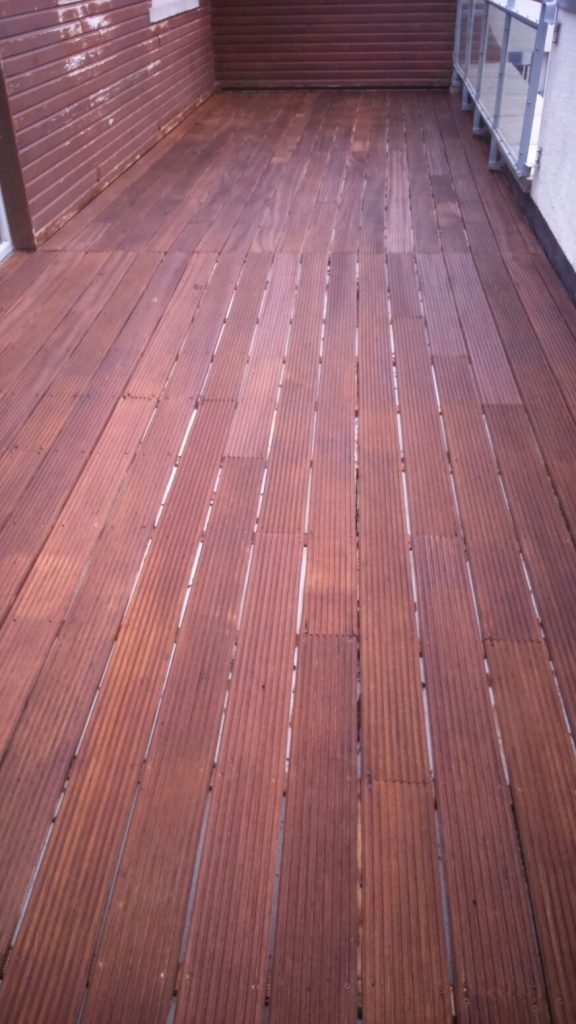 10 year old hardwood deck cleaned and oiled by Mark Henshaw