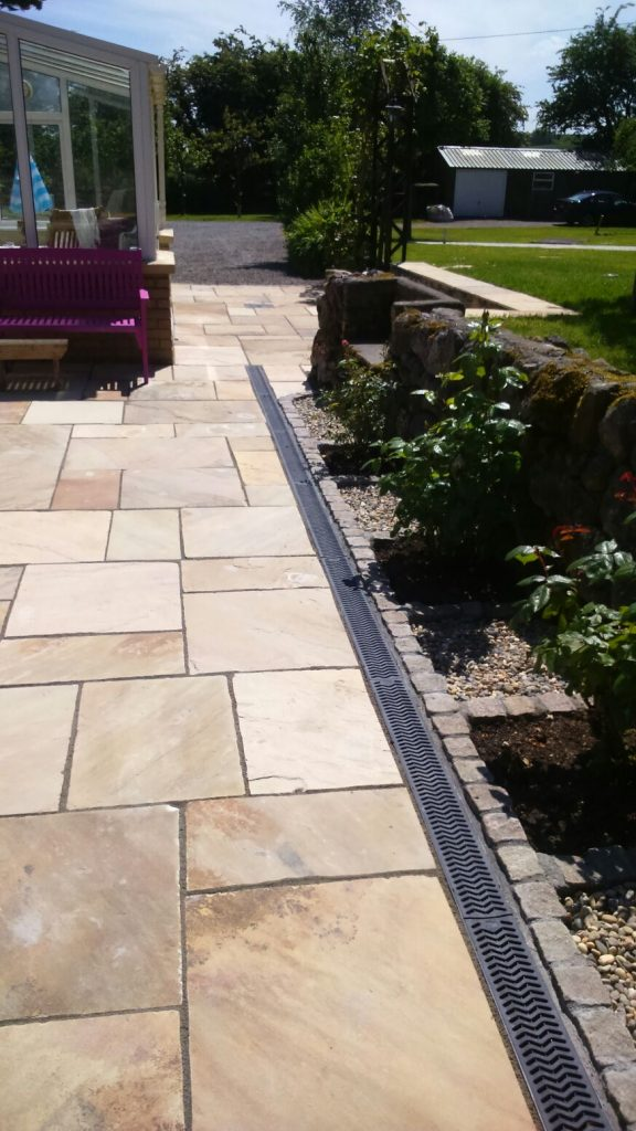 Sandstone Patio by Mark Henshaw Custom Carpentry